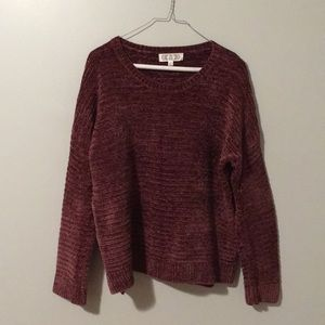 Like-new sweater